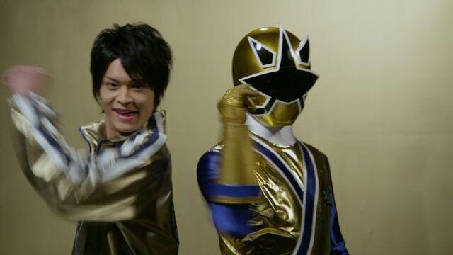 File:199 Hero Great Battle - Shinken Gold.jpg