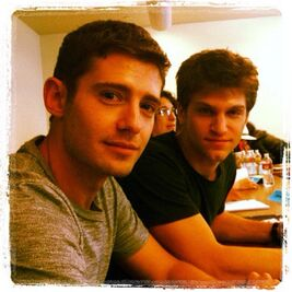 3x08 TABLE READ Julian and Keegan (1)