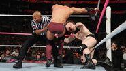 October 5, 2015 Monday Night RAW.13