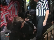 Royal Rumble 2000 Police unlocks Foley handcuffs