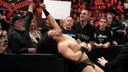 February 29, 2016 Monday Night RAW.18
