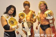 Ddt-6man-golden-lovers