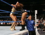 Smackdown-27-Oct-2006-21
