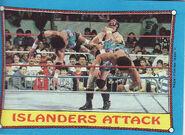 1987 WWF Wrestling Cards (Topps) Islanders Attack (Topps) 30