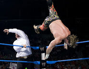 October 13, 2005 Smackdown.26