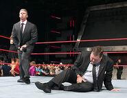 October 10, 2005 Raw.24