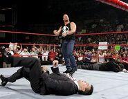 October 3, 2005 Raw.39