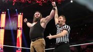 December 7, 2015 Monday Night RAW.47