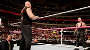 October 19, 2015 Monday Night RAW.11