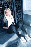 Lauren Mayhew 15