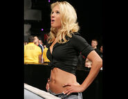 Smackdown-10Nov2006.8