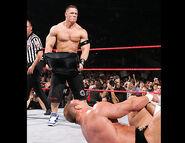 November 28, 2005 Raw.36