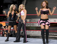 October 17, 2005 Raw.28