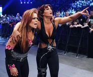 SmackDown 11-21-08 008