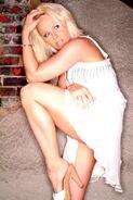 Lauren Jones 5