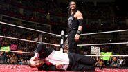 November 30, 2015 Monday Night RAW.6