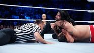 Smackdown 8-6-15 Reigns v Rusev 003