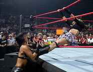 August 29, 2005 Raw.21