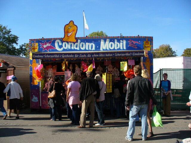 File:Cannstatter-wasen-condom-mobil.jpg