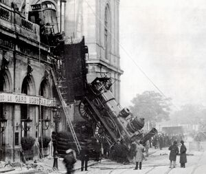 Train wreck at Montparnasse 1895 2