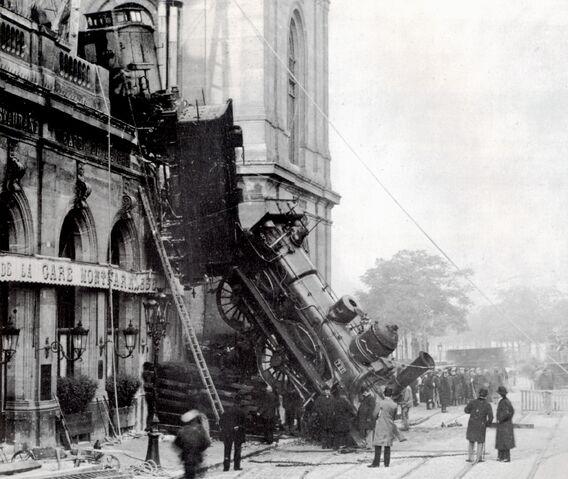 File:Train wreck at Montparnasse 1895 2.jpg