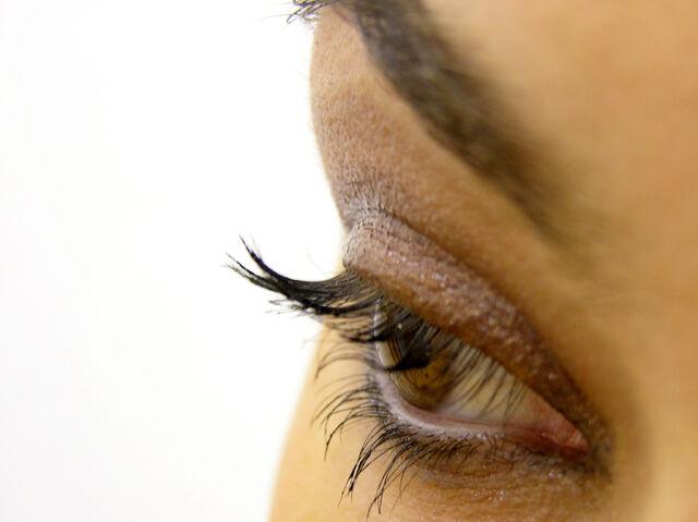 File:Eye makeup.jpg