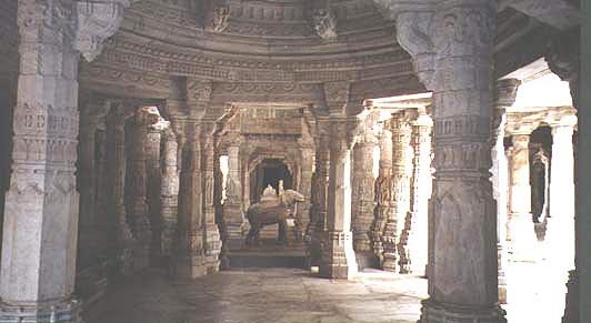 File:RanakpurJainTem.jpg