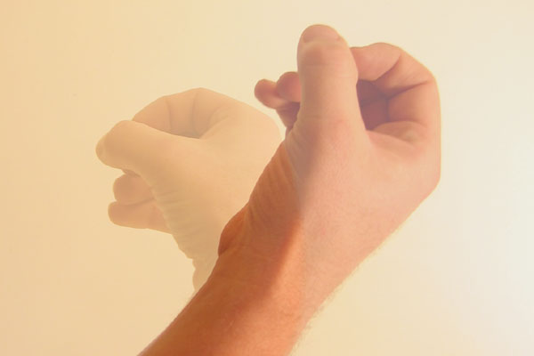 File:Fingers and thumb in circle downward motion.jpg