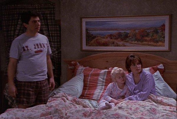 The family bed everybody loves raymond fandom powered - Everybody loves raymond bedroom set ...