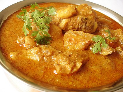 File:Spicy chicken masala curry.JPG