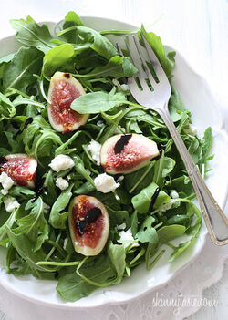 Fig-Arugula-and-Goat-Cheese-Salad