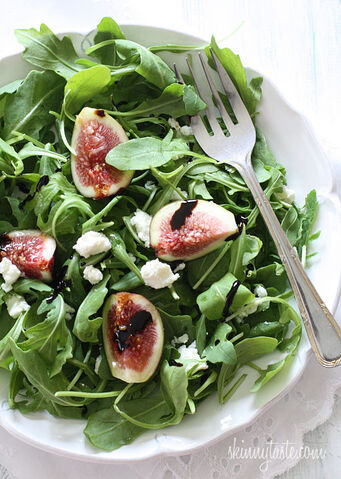 File:Fig-Arugula-and-Goat-Cheese-Salad.jpg