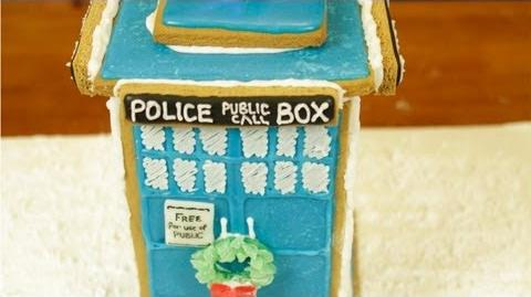 DR WHO TARDIS GINGERBREAD HOUSE - NERDY NUMMIES