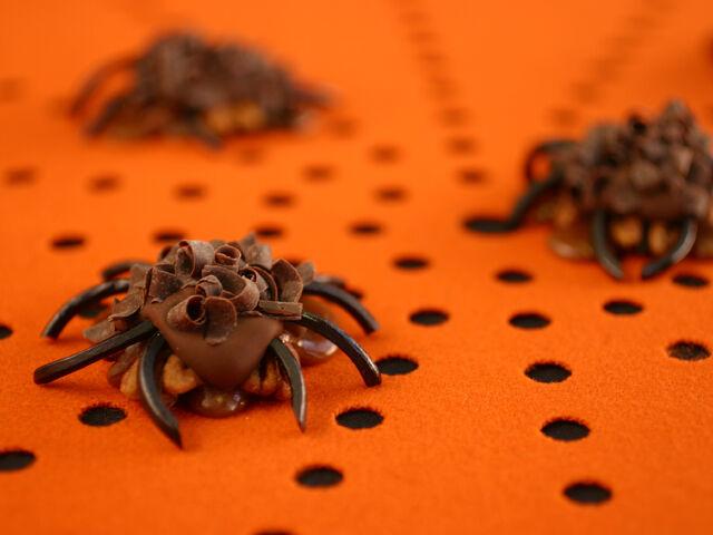 File:Halloween CaramelSPIDER.jpg