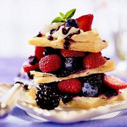 Fresh-berry-napoleons-R074576-ss