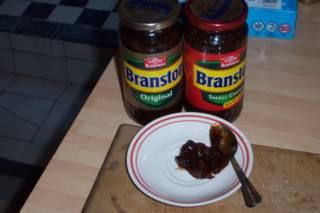 File:Branston Pickle.jpg