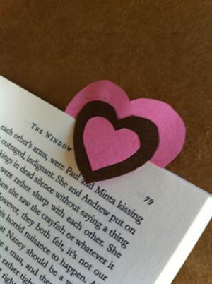 File:Bookmarks.jpg