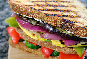 Grilled-vegetable-sandwich-2