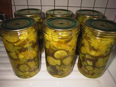 File:Bread-and-ButterPickles.jpg