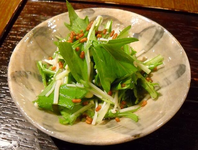 File:Enoki mshrm salad.jpg