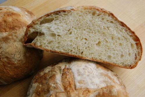 File:Pugliese bread.jpg