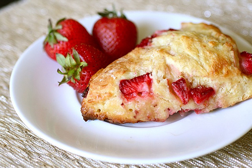File:StrawberryScones.jpg