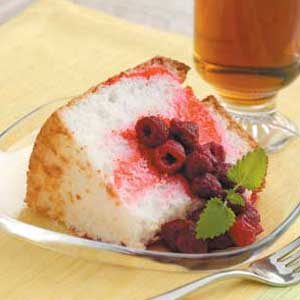 File:Raspberry-angel-cake.jpg