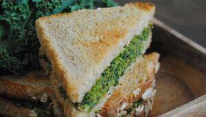 Sandwich au kale