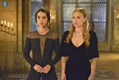 Reign Episode 1 17-Liege Lord Promotional Photos 595 slogo (6)