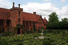 File:220px-Hatfield House Old Palace.jpg