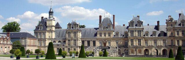 File:1920px-Chateau Fontainebleau.jpg