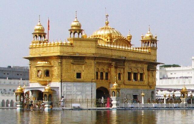 File:Golden temple Akal Takhat.JPG