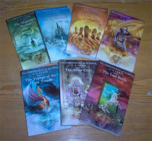 File:Narniabooks2.jpg