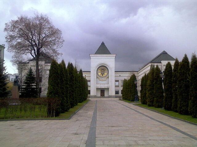 File:Danilov monastery 16.jpg